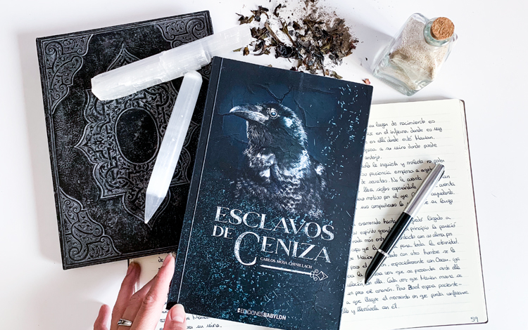 Esclavos de ceniza (Ash Slaves) – book review